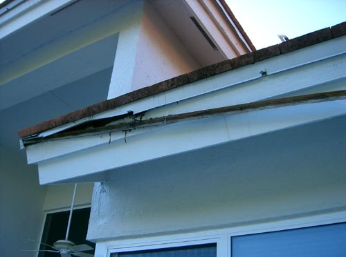 seamless gutters, screen enclosures, pressure cleaning and roofing